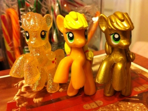 My Little Pony Blindbags - Metallic, Sparkle, and Regular Applejack